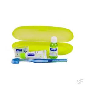 Kit Vitis Orthodontic Cepillo + cera + REGALOS